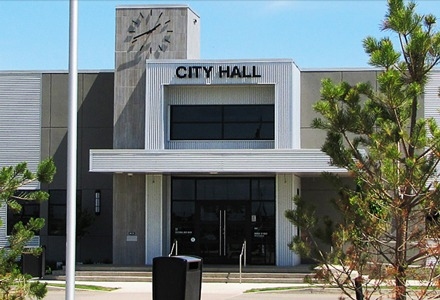 https://martensvillemessenger.ca/wp-content/uploads/2018/04/city_hall_pic.jpg