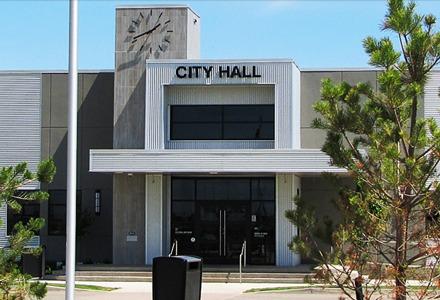 https://martensvillemessenger.ca/wp-content/uploads/2018/04/city_hall_pic.jpg