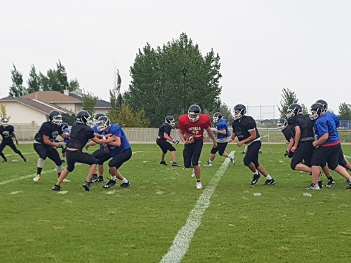 https://martensvillemessenger.ca/wp-content/uploads/2018/09/football.jpg