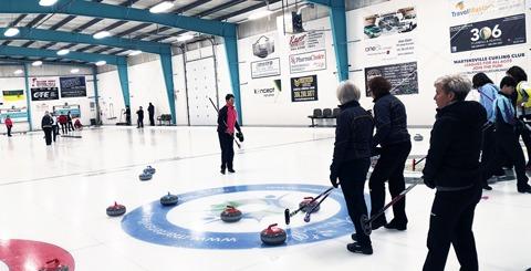 https://martensvillemessenger.ca/wp-content/uploads/2019/10/curling.jpg